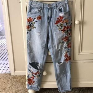 Top shop mom embroidered jeans!